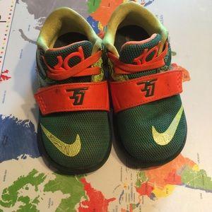 ... Nike weatherman size 6 toddler shoe ... 5cf779f9b